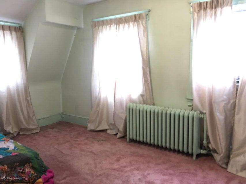 Single Family - Detached 134 Beach Avenue  Staten Island, NY 10306, MLS-1121414-16