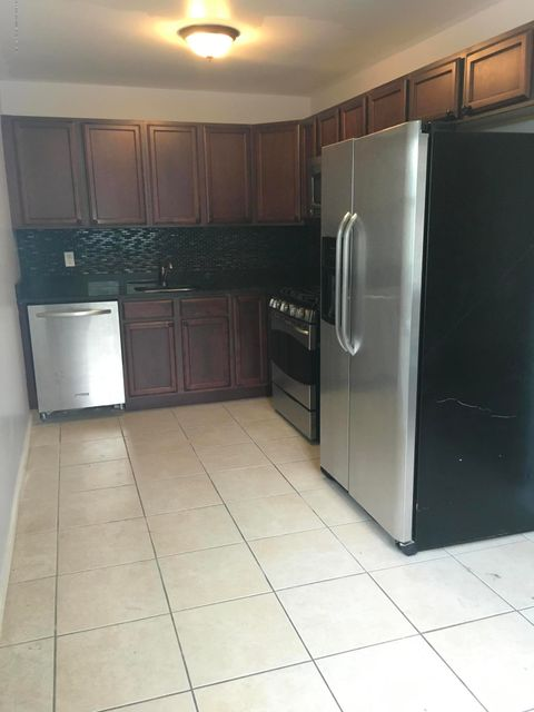 Two Family - Detached 199 Thornycroft Avenue  Staten Island, NY 10312, MLS-1122696-3