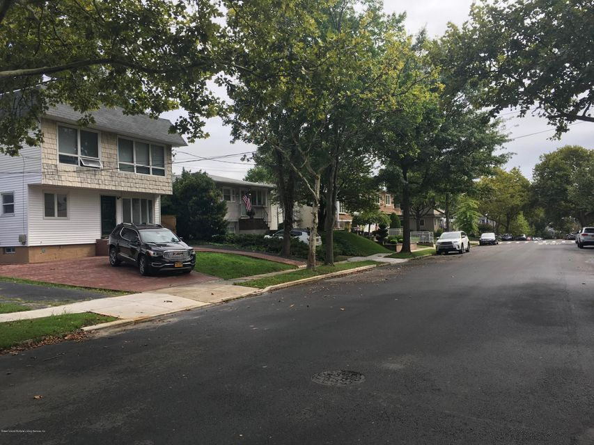 Two Family - Detached 199 Thornycroft Avenue  Staten Island, NY 10312, MLS-1122696-30