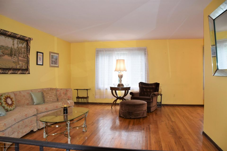 Two Family - Detached 20 Windsor Rd   Staten Island, NY 10314, MLS-1122724-3