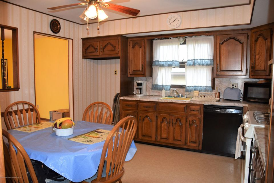 Two Family - Detached 20 Windsor Rd   Staten Island, NY 10314, MLS-1122724-6