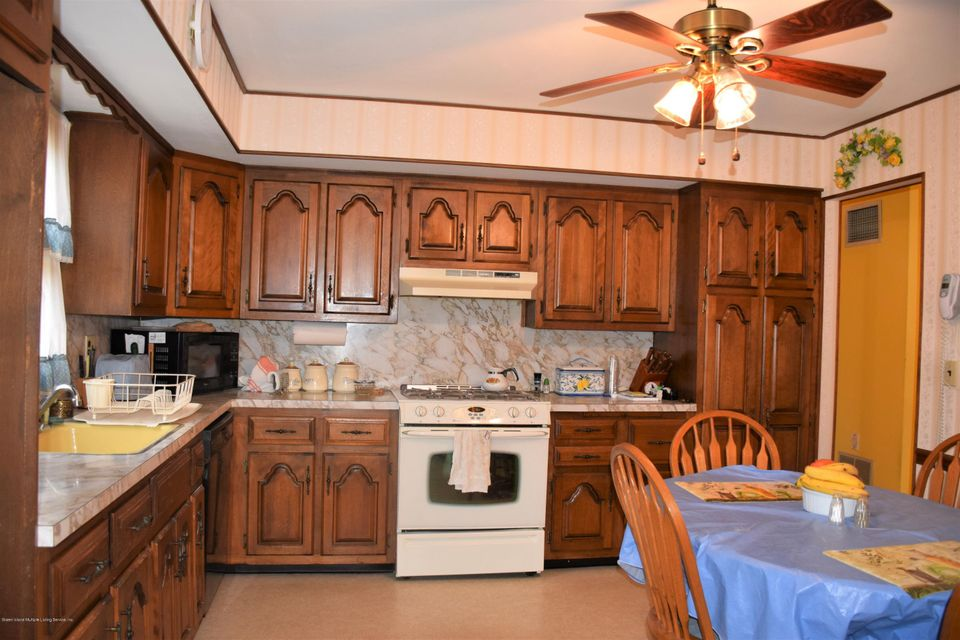 Two Family - Detached 20 Windsor Rd   Staten Island, NY 10314, MLS-1122724-7