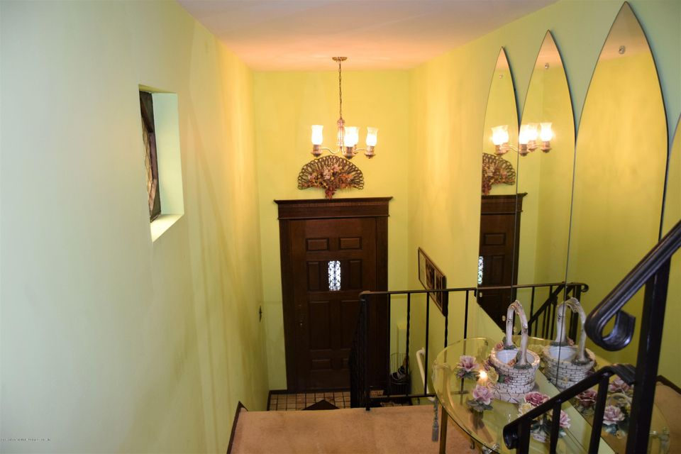 Two Family - Detached 20 Windsor Rd   Staten Island, NY 10314, MLS-1122724-9