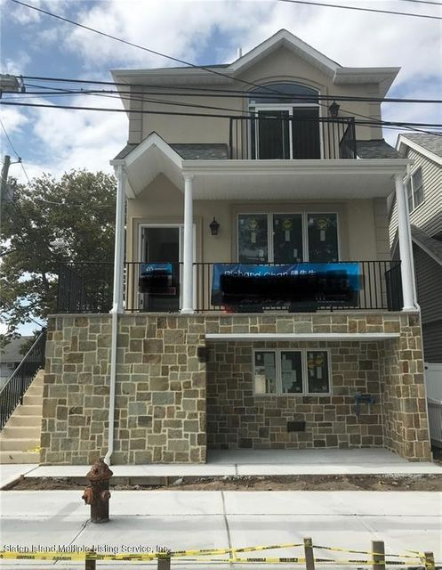 Single Family - Detached in New Dorp - 89 Cedar Grove Avenue  Staten Island, NY 10306