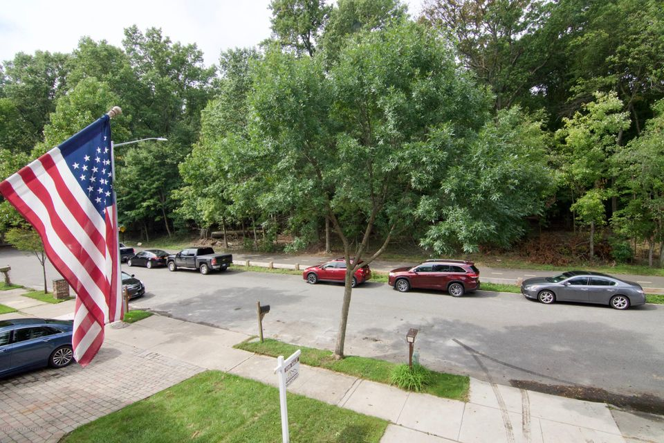 Single Family - Semi-Attached 181 Park Drive  Staten Island, NY 10313, MLS-1122858-11