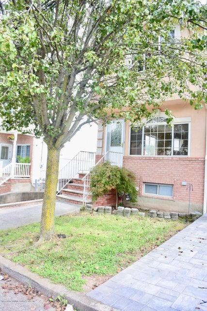 Single Family - Semi-Attached 109 Harris Lane  Staten Island, NY 10309, MLS-1122923-4