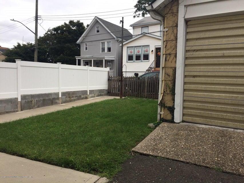 Single Family - Detached 383 Pelton Avenue  Staten Island, NY 10310, MLS-1122932-18
