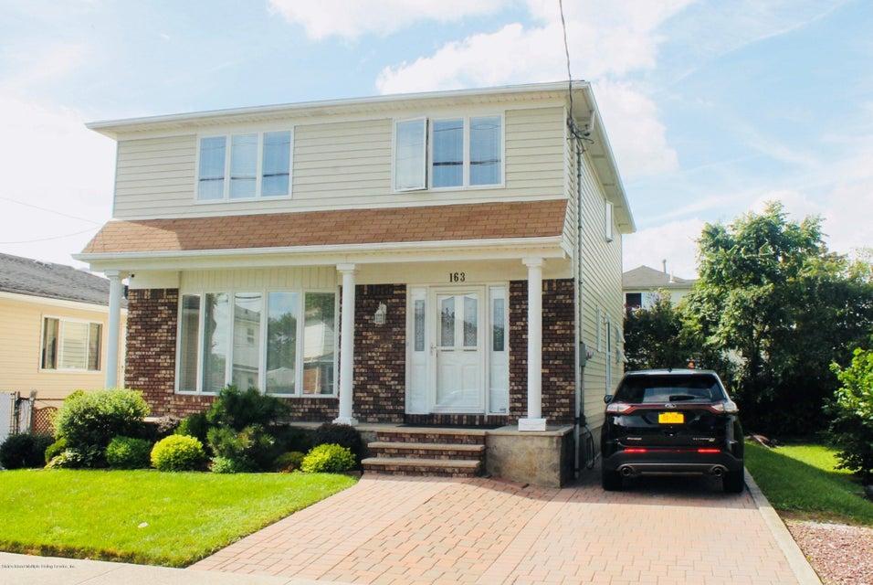 Single Family - Detached in Dongan Hills Colony - 163 Laconia Avenue  Staten Island, NY 10305