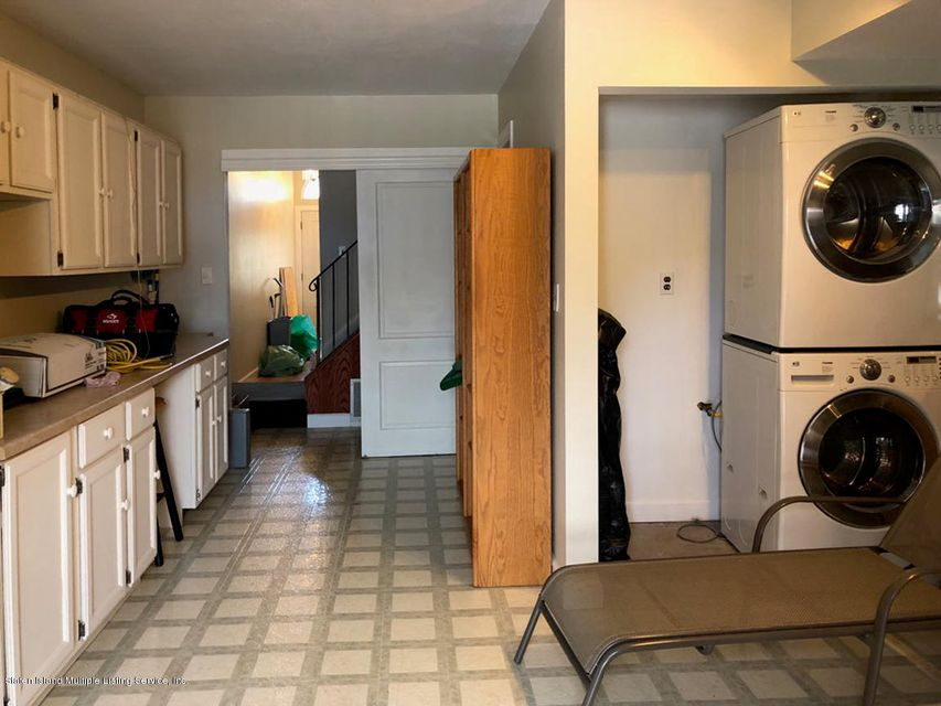 Single Family - Semi-Attached 1053 Fingerboard Road  Staten Island, NY 10304, MLS-1122959-15