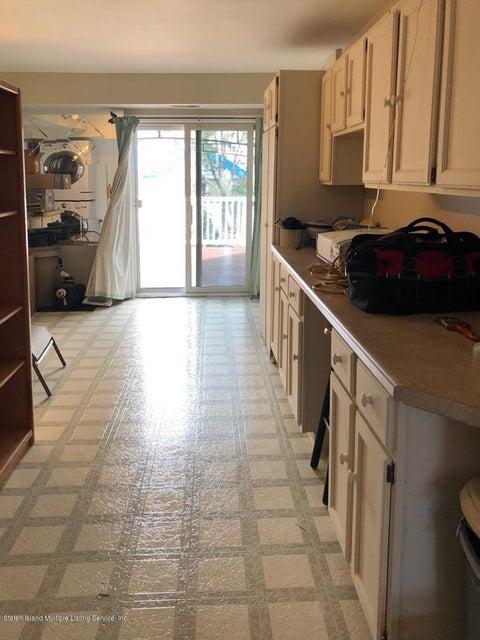 Single Family - Semi-Attached 1053 Fingerboard Road  Staten Island, NY 10304, MLS-1122959-16