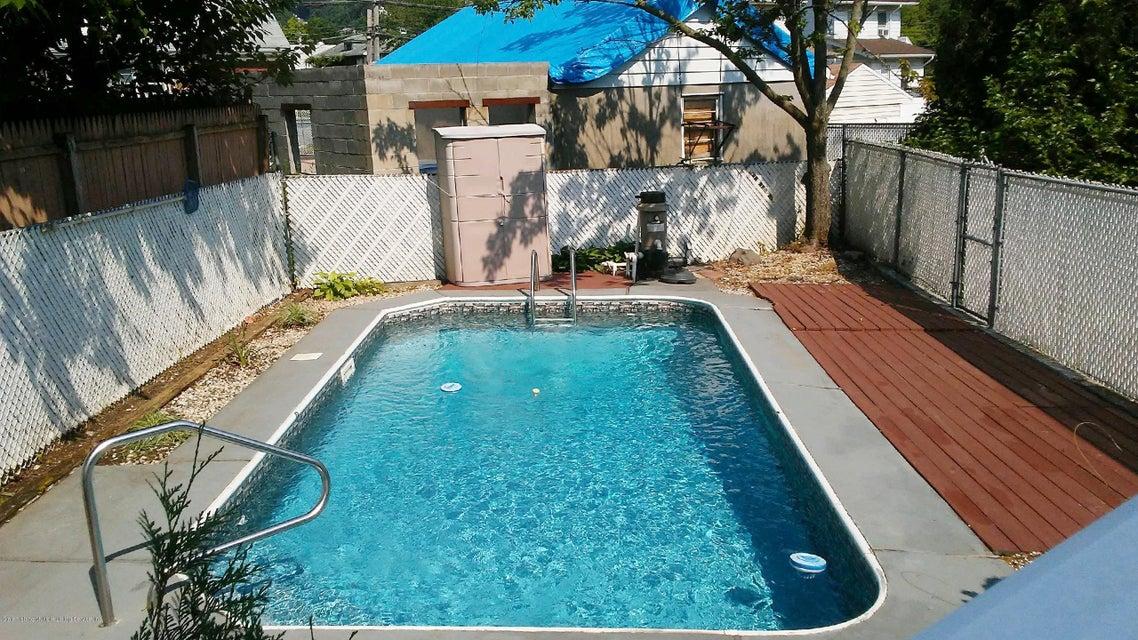 Single Family - Semi-Attached 1053 Fingerboard Road  Staten Island, NY 10304, MLS-1122959-20