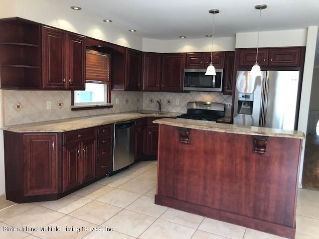 Two Family - Semi-Attached 23 Cherrywood Court  Staten Island, NY 10308, MLS-1122985-12