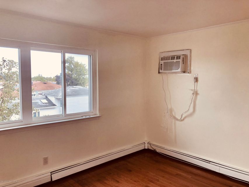 Two Family - Semi-Attached 26 Green Valley Road  Staten Island, NY 10312, MLS-1123056-9