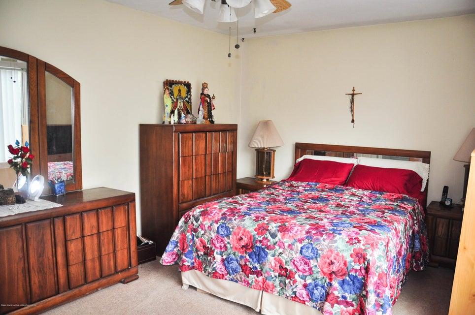 Single Family - Detached 36 Woodrow Road   Staten Island, NY 10312, MLS-1123257-13