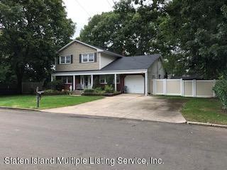 Single Family - Detached 13 Delamere Place  Deer Park, NY 11729, MLS-1123279-2