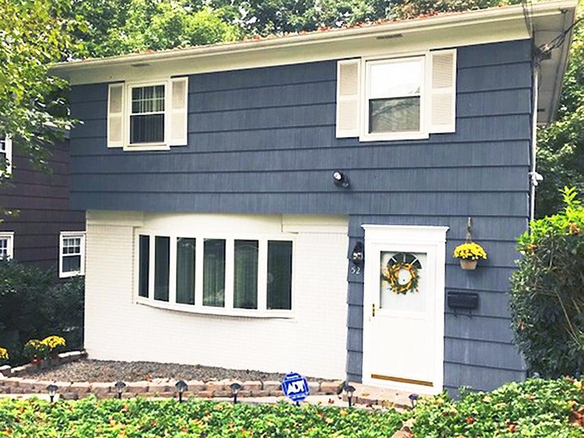 Single Family - Detached in Ward Hill - 52 Nixon Avenue  Staten Island, NY 10304