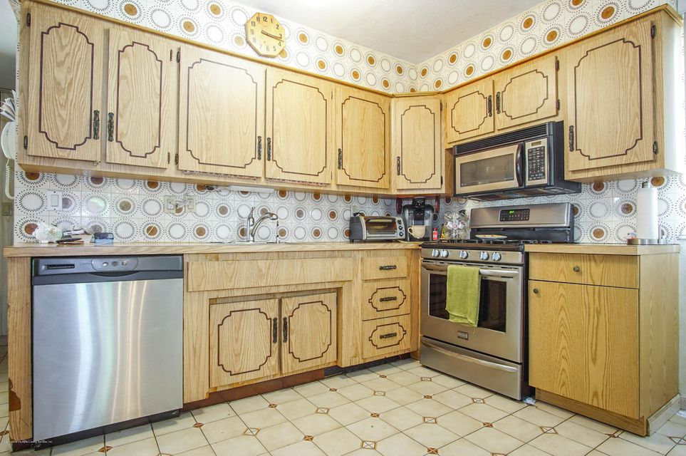 Single Family - Detached 73 Dreyer Avenue  Staten Island, NY 10314, MLS-1123343-6