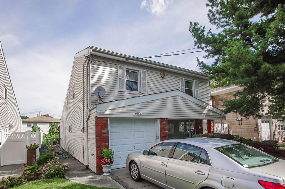 Single Family - Detached 73 Dreyer Avenue  Staten Island, NY 10314, MLS-1123343-2