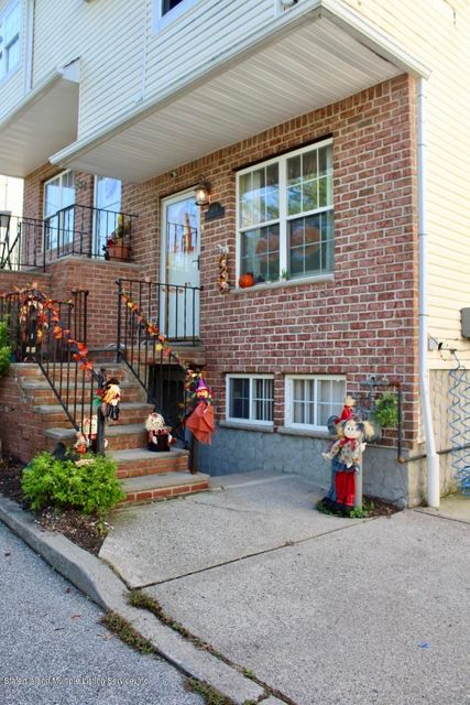 Single Family - Attached 334 Huguenot Avenue  Staten Island, NY 10312, MLS-1123358-3