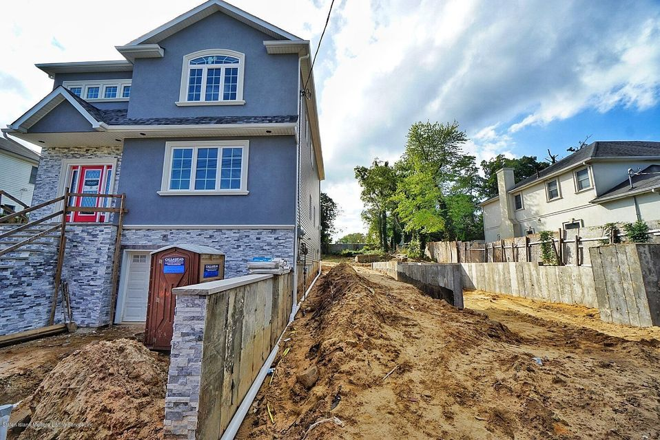 Two Family - Detached 144 Sprague Avenue  Staten Island, NY 10307, MLS-1121995-2