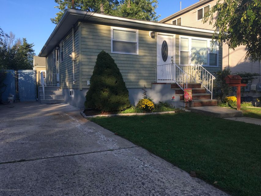 Single Family - Detached in Eltingville - 4237 Richmond Avenue  Staten Island, NY 10312