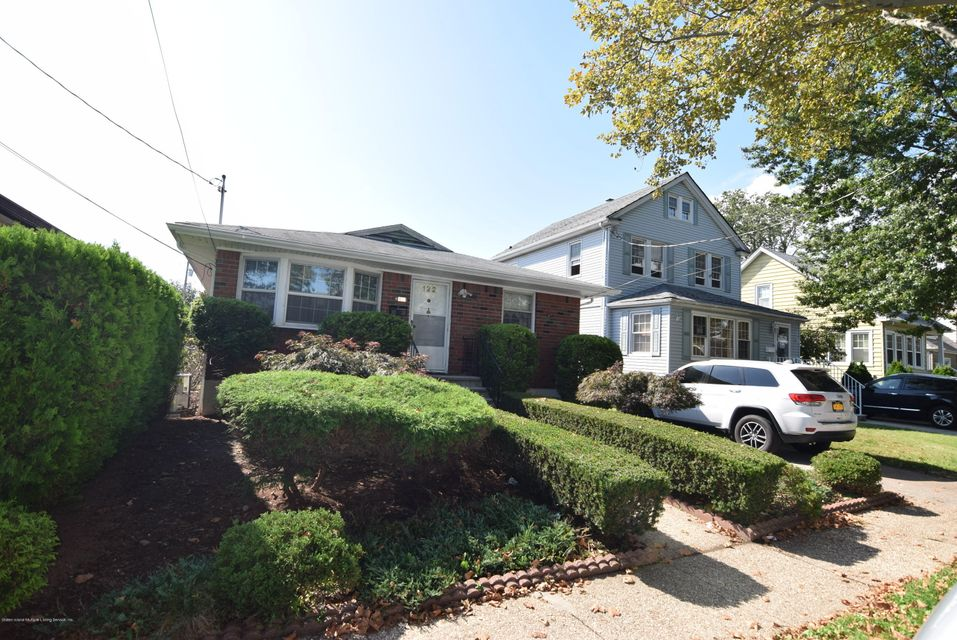 Single Family - Detached 122 Sterling Avenue  Staten Island, NY 10306, MLS-1123402-2