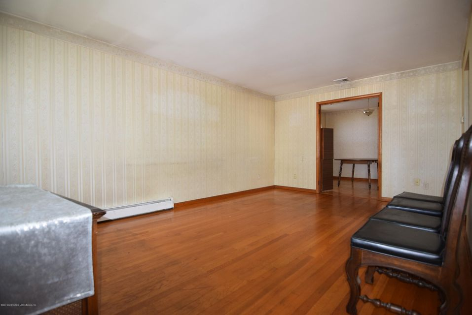 Single Family - Detached 122 Sterling Avenue  Staten Island, NY 10306, MLS-1123402-3