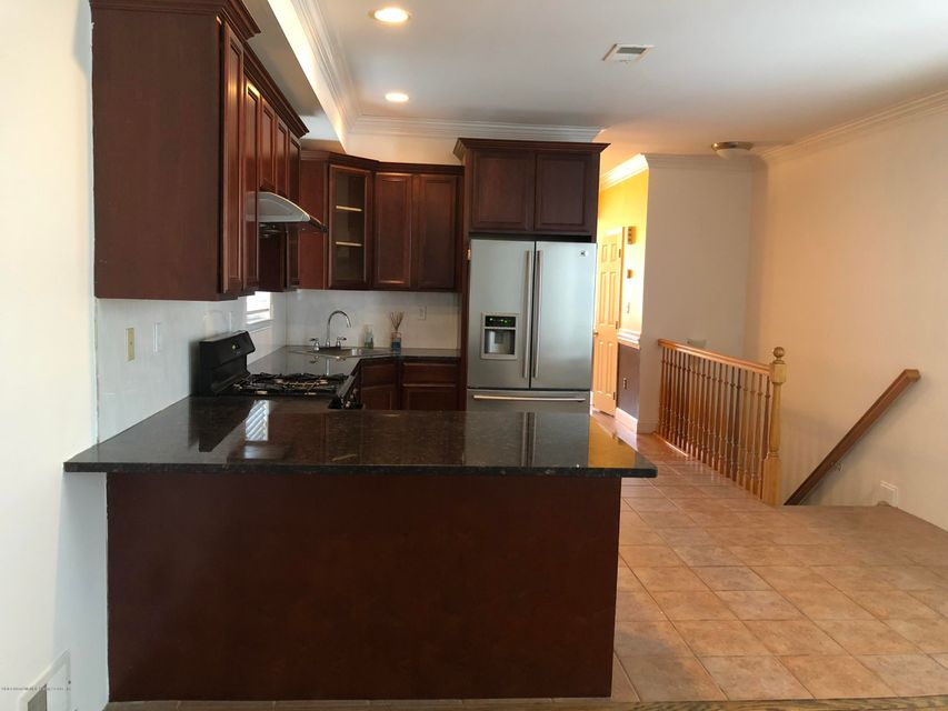 Single Family - Detached 367 Bedford Avenue  Staten Island, NY 10306, MLS-1122009-6