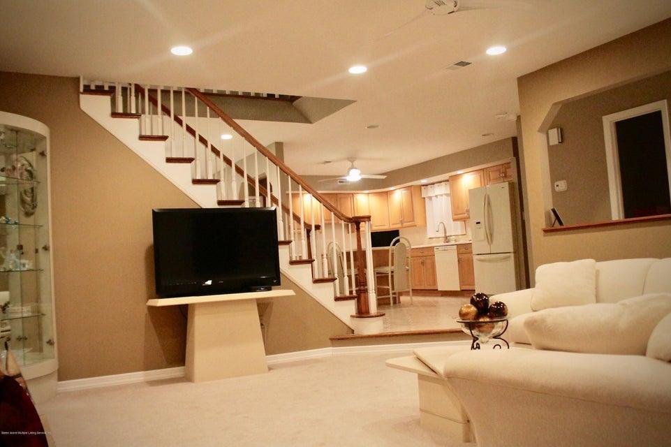 Single Family - Detached 163 Laconia Avenue  Staten Island, NY 10305, MLS-1122953-4