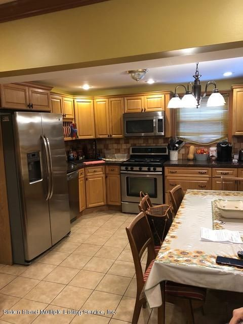 Single Family - Detached 240 Ridgewood Avenue  Staten Island, NY 10312, MLS-1123563-19