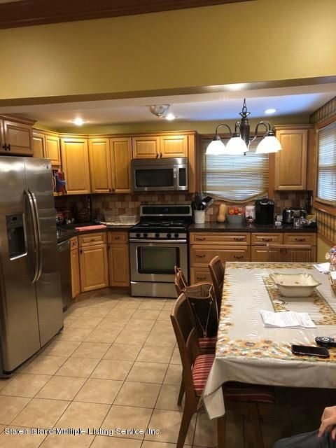 Single Family - Detached 240 Ridgewood Avenue  Staten Island, NY 10312, MLS-1123563-20