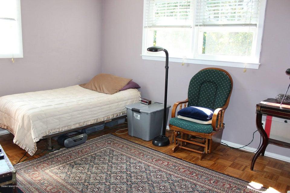 Single Family - Semi-Attached 450 Retford Avenue  Staten Island, NY 10312, MLS-1123601-11