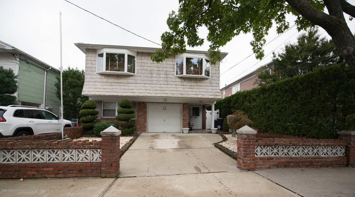 Two Family - Detached in Bulls Head - 30 Amsterdam Avenue  Staten Island, NY 10314