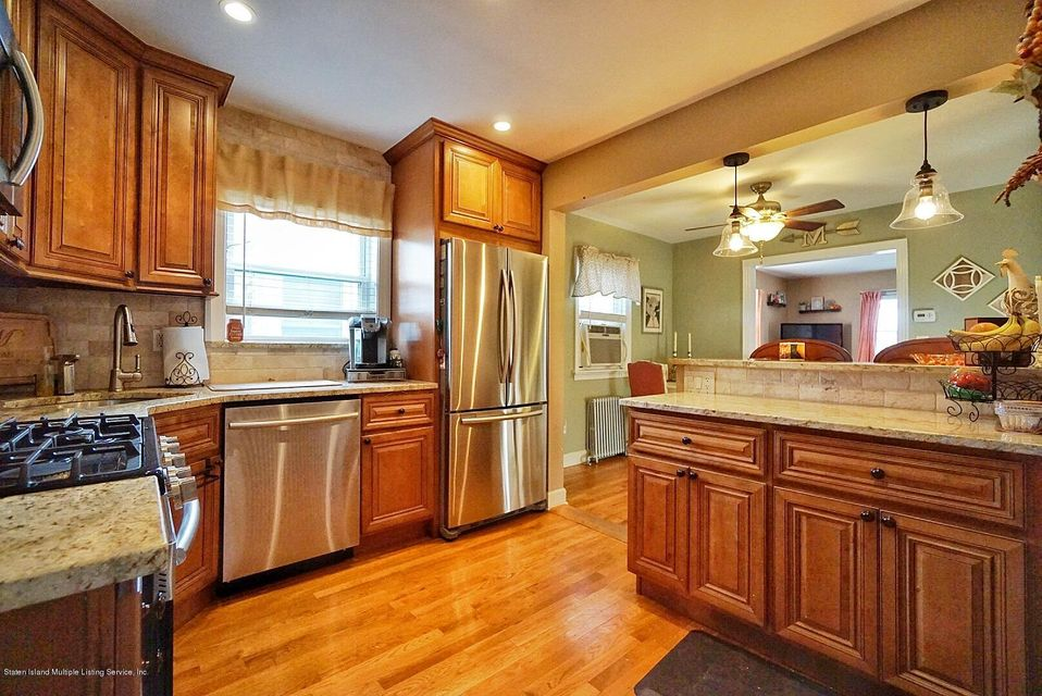 Single Family - Detached 287 Neal Dow Avenue  Staten Island, NY 10314, MLS-1123635-13