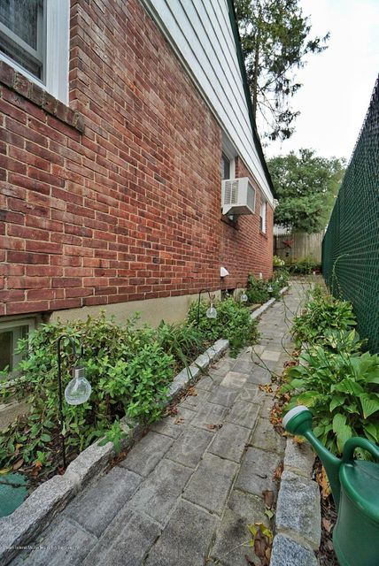 Single Family - Detached 287 Neal Dow Avenue  Staten Island, NY 10314, MLS-1123635-32