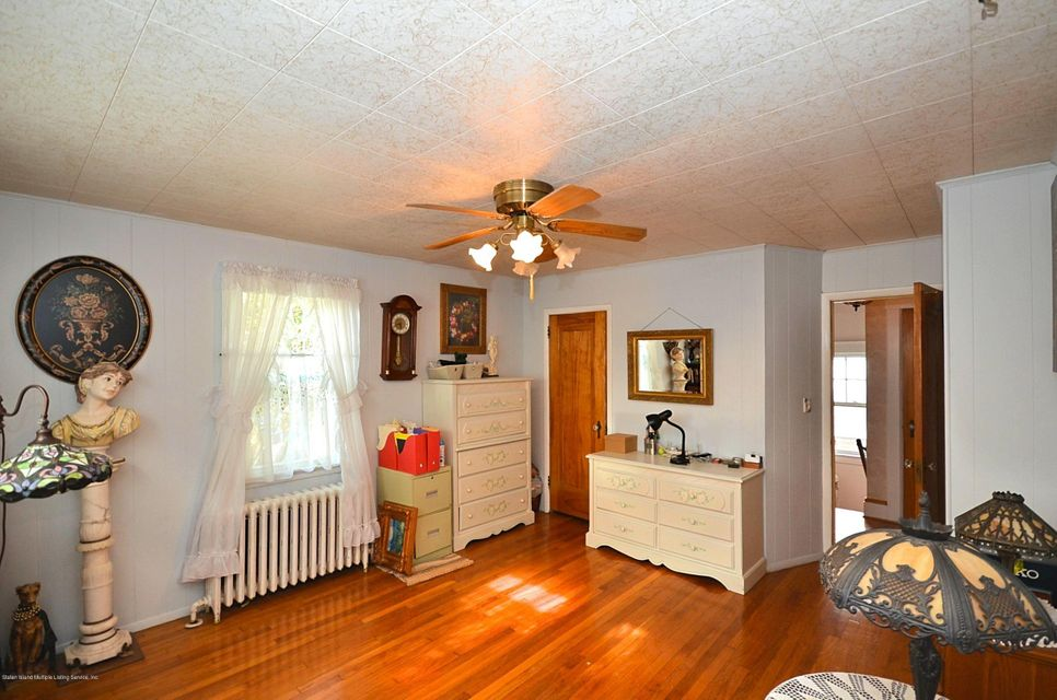 Single Family - Detached 96 Crystal Avenue  Staten Island, NY 10302, MLS-1123945-17