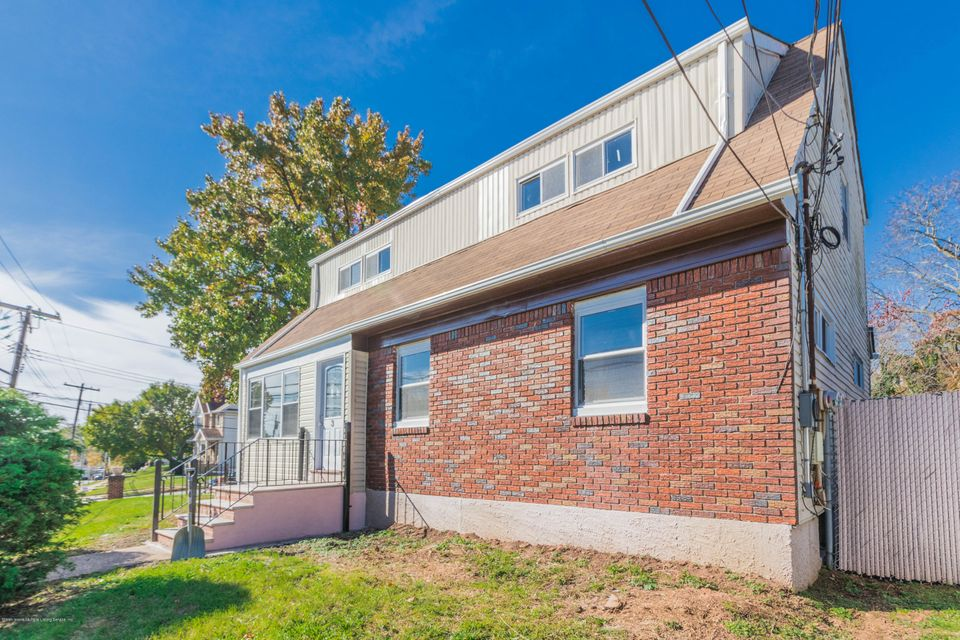 Two Family - Detached in Oakwood - New Dorp Heights - 3 Vincent Avenue  Staten Island, NY 10306