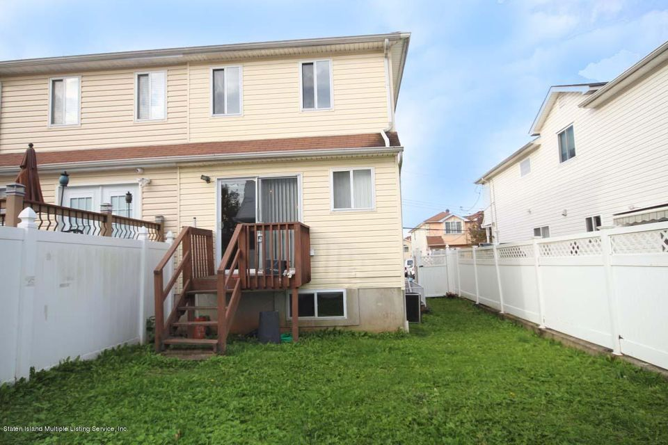 Single Family - Semi-Attached 109 Harris Lane  Staten Island, NY 10309, MLS-1122923-22