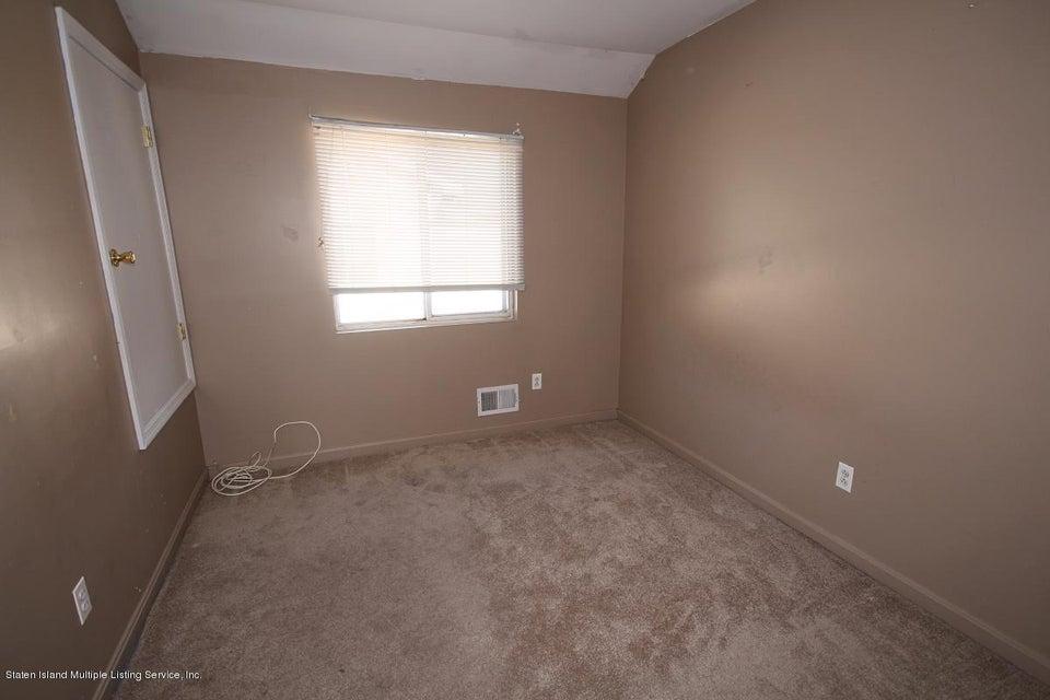 Single Family - Semi-Attached 109 Harris Lane  Staten Island, NY 10309, MLS-1122923-15