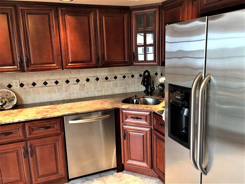 Single Family - Semi-Attached 268 Monahan Avenue  Staten Island, NY 10314, MLS-1124113-5