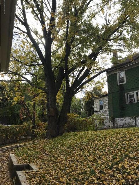 Single Family - Semi-Attached 254 York Avenue  Staten Island, NY 10301, MLS-1124069-16