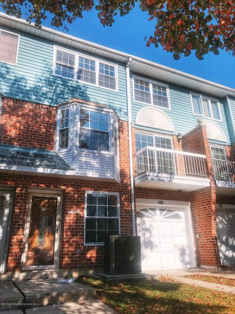 Single Family - Attached 189 Monahan Avenue  Staten Island, NY 10314, MLS-1124124-2