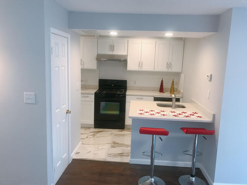 Single Family - Attached 189 Monahan Avenue  Staten Island, NY 10314, MLS-1124124-11