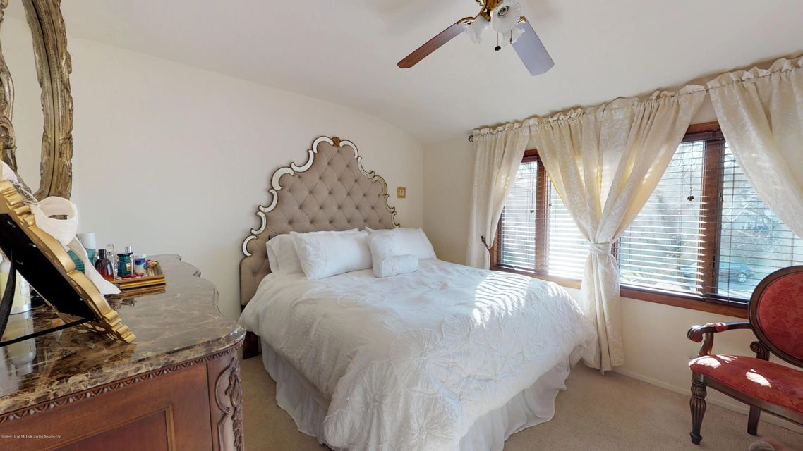 Single Family - Attached 69 Bunnell Court  Staten Island, NY 10312, MLS-1124106-10