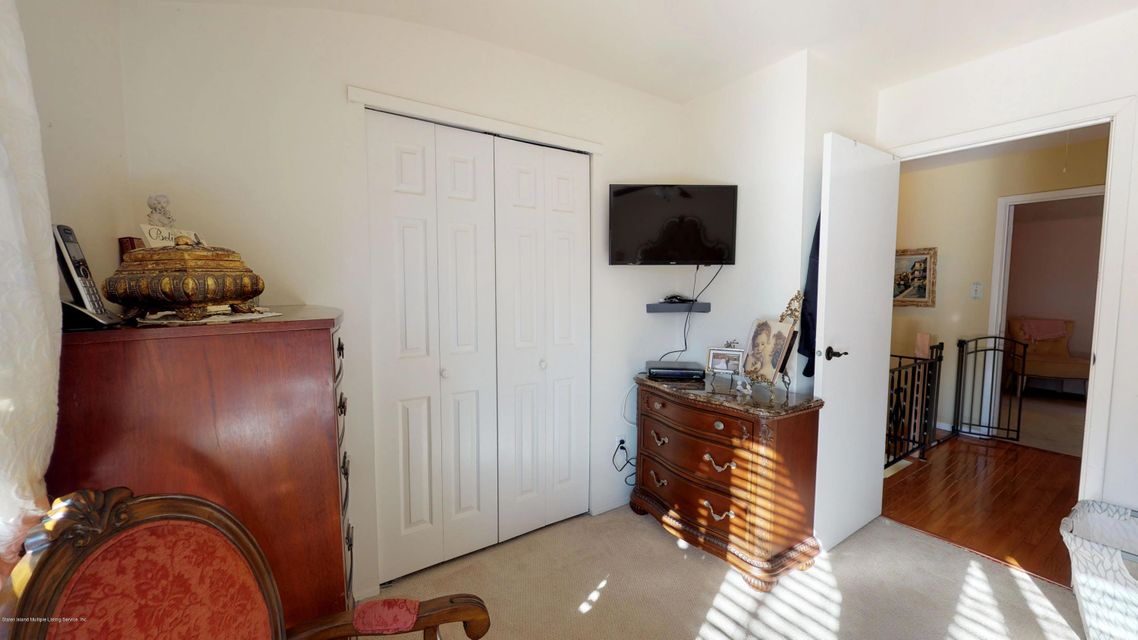 Single Family - Attached 69 Bunnell Court  Staten Island, NY 10312, MLS-1124106-11