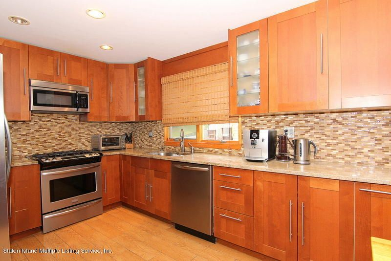 Single Family - Detached 44 Douglas Road  Staten Island, NY 10304, MLS-1124204-14
