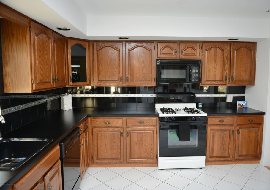 Two Family - Detached 7320 Hylan Boulevard  Staten Island, NY 10307, MLS-1121516-14