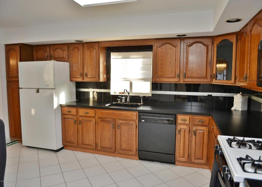 Two Family - Detached 7320 Hylan Boulevard  Staten Island, NY 10307, MLS-1121516-15