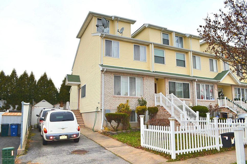 Single Family - Attached in Annadale - 200 Kenilworth Avenue  Staten Island, NY 10312