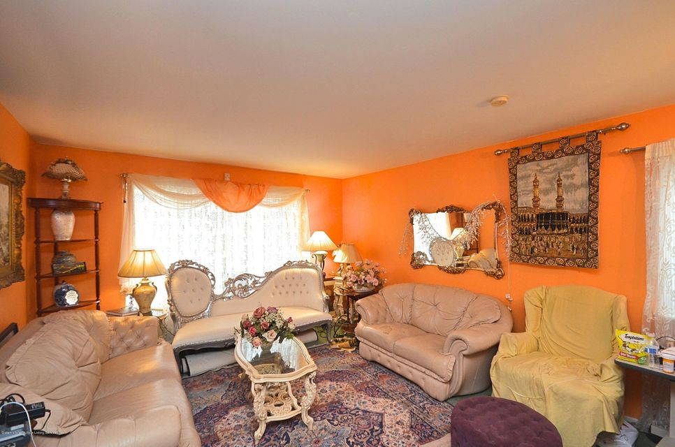 Single Family - Attached 200 Kenilworth Avenue  Staten Island, NY 10312, MLS-1124636-3